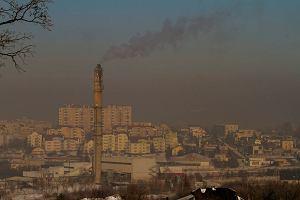 Specjalistka o kieleckim smogu: Pomogłaby maska przeciwko gazom bojowym