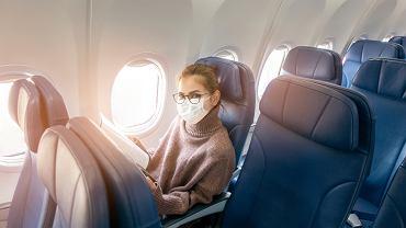 Wentylacja plus noszenie maseczki na pokładzie samolotu zapewnią odpowiednią ochronę przed wirusem