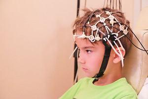 Badanie EEG u dziecka - dlaczego się je wykonuje i jak się do niego przygotować