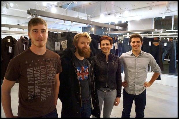 Pani Nadia i koledzy. Zdjęcie ze strony geekwear.com