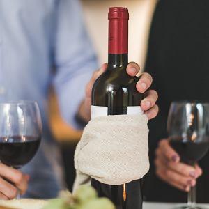 Gospodarz nie musi otwierać wina, które przynieśliśmy na imprezę.