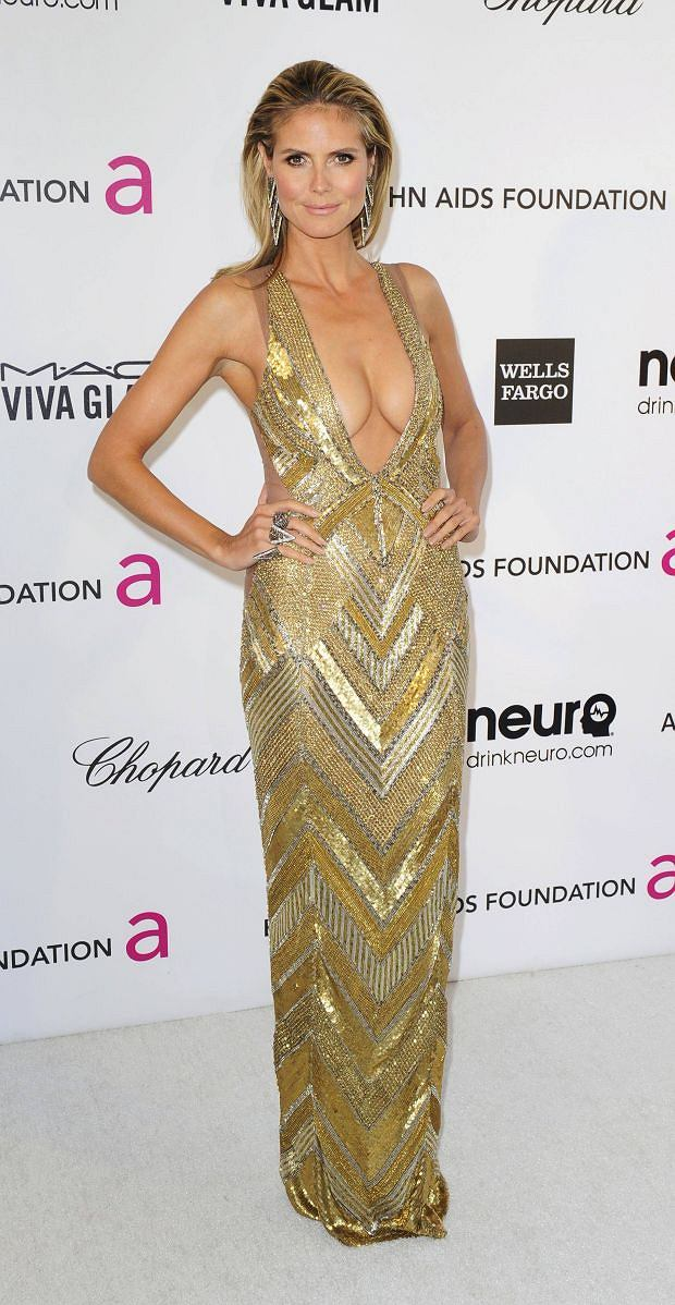 Supermodel Heidi Klum arrives at the 2013 Elton John AIDS Foundation Oscar Party in West Hollywood, California, February 24, 2013.  REUTERS/Gus Ruelas (UNITED STATES TAGS:ENTERTAINMENT FASHION) (OSCARS-PARTIES)