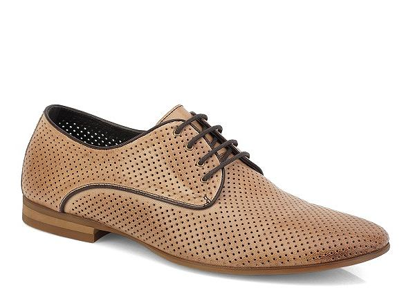 Buty z kolekcji Kazar. Cena: 399 zł