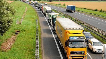 Ministerstwo Infrastruktury przedstawiło trzy warianty rozbudowy A4.
