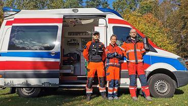 Medycy na granicy. Pierwszy zespół ekipy 'Medycy na Granicy' podjął w czwartek (7.10) o godz. 8 rano swój pierwszy dyżur w pobliży strefy stanu wyjątkowego