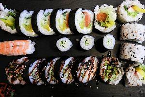 Jak sushi robi karierę w Polsce
