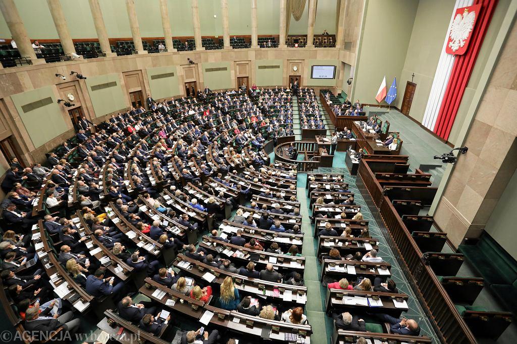 ,Czwarty dzien 1 posiedzenia Sejm IX Kadencji