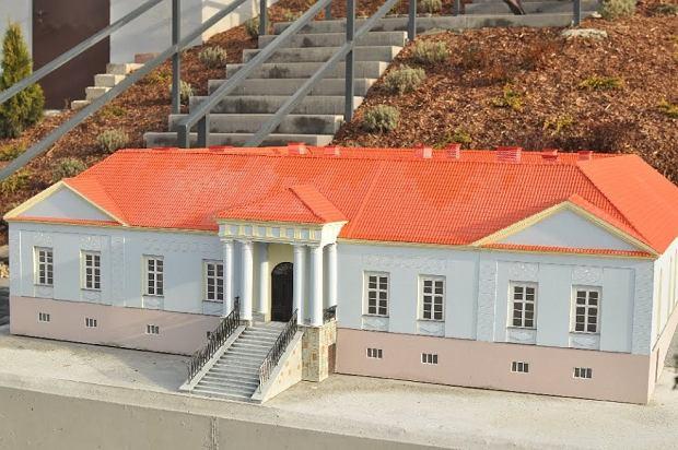 Zdjęcie numer 0 w galerii - Pałac Habsburgów i kilka kościołów w jednym miejscu. Każdy może to zobaczyć [ZDJĘCIA]