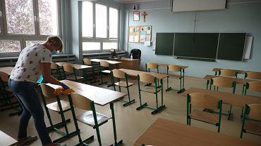 Dzieci z najmłodszych klas mogą wkrótce wrócić do szkół.