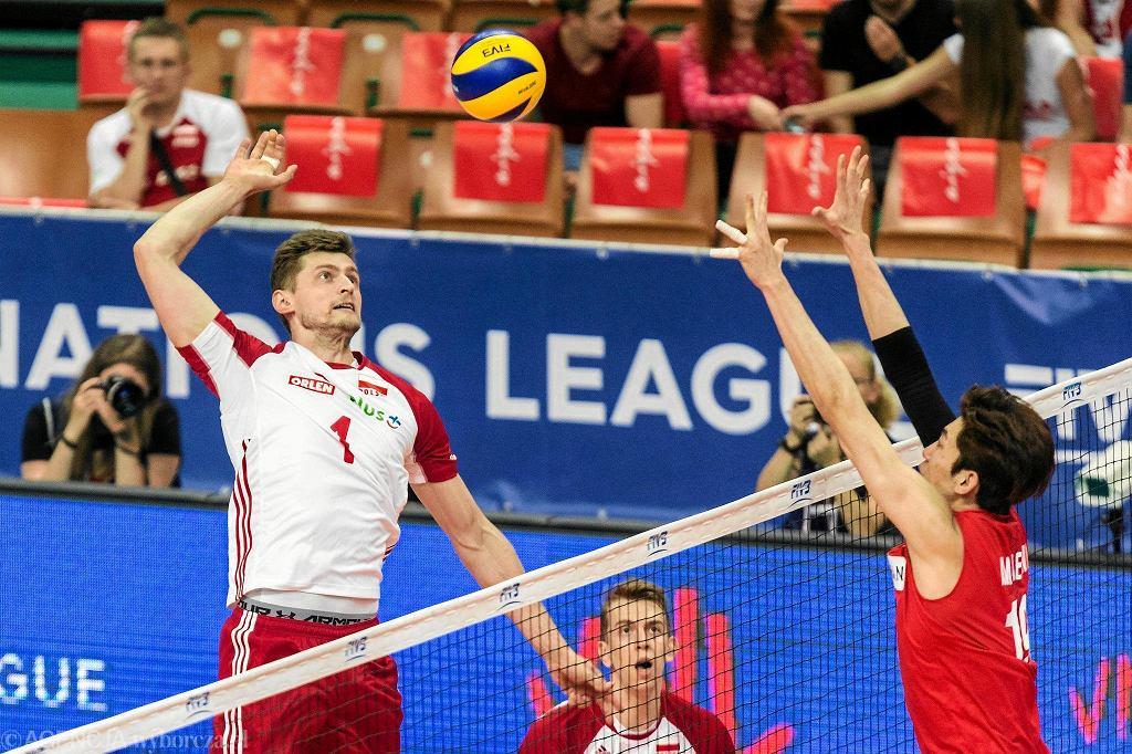 Mecz Ligi Narodów Polska - Korea. W ataku Piotr Nowakowski