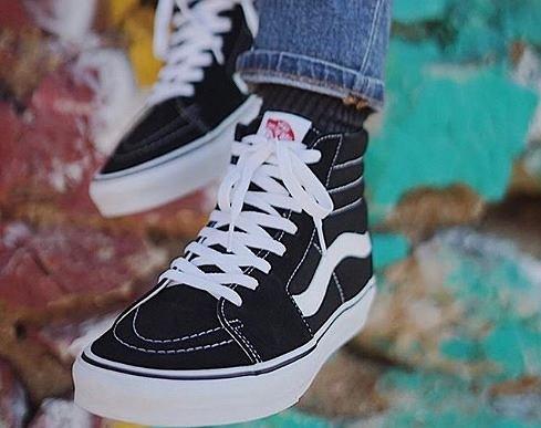 Letnia wyprzedaż! Uwielbiane buty Vans w ponadczasowych kolorach - taniej