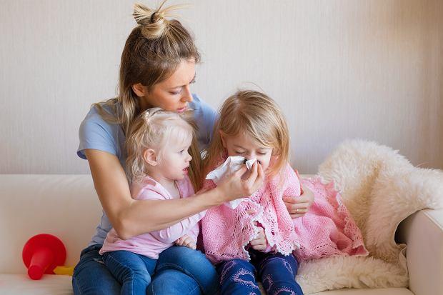 L4 na dziecko 2020. Ile dni zwolnienia lekarskiego przysługuje rodzicom?