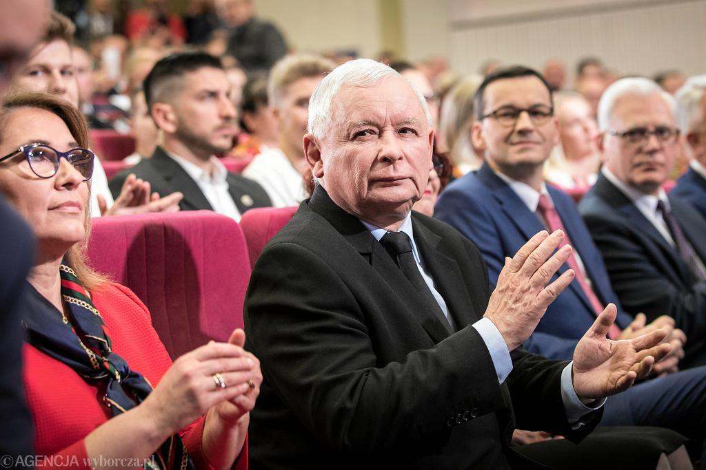 Prezes PiS Jarosław Kaczyński podczas partyjnej konwencji w Lublinie, 13 kwietnia 2018