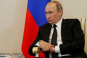 Pusta kasa przyspieszy wybór Putina