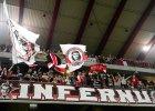 Dlaczego UEFA nie karze za komunizm
