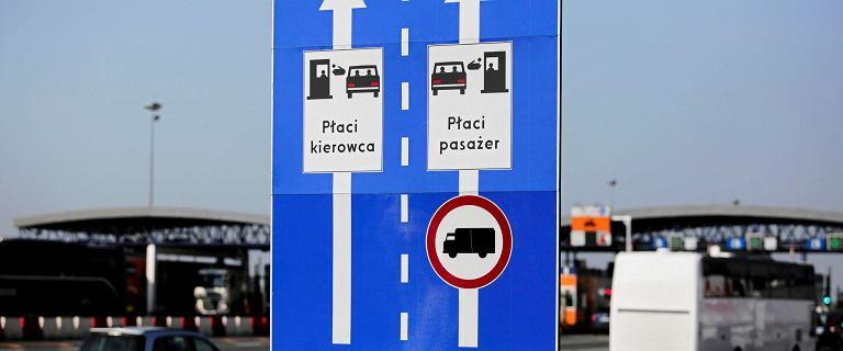 Karambol na obwodnicy Krakowa przy lotnisku. Nie żyje jedna osoba