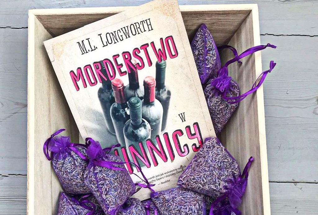 Książka 'Morderstwo w winnicy', M.L. Longworth