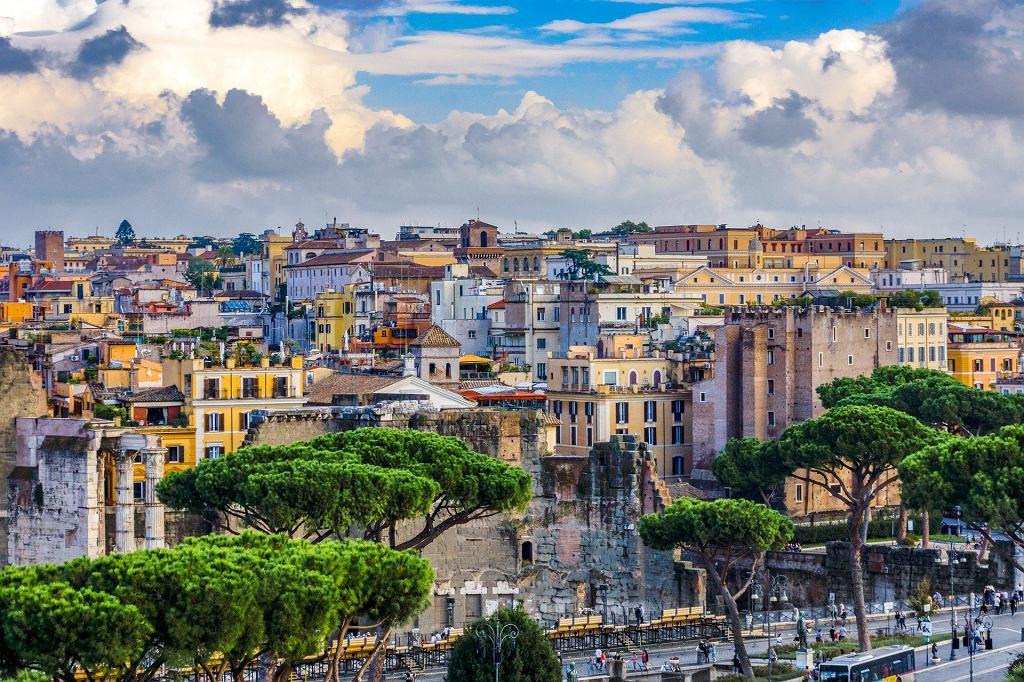 Koniec z kwarantanną po przyjeździe do Włoch (zdjęcie ilustracyjne)