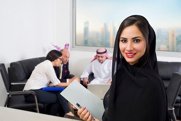 Rewolucyjne zmiany w Arabii Saudyjskiej. Banki zatrudniają kobiety na najwyższych stanowiskach