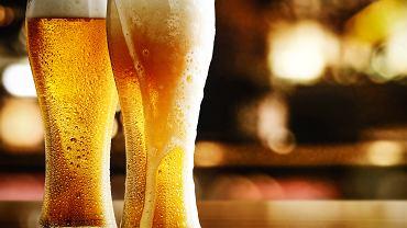 Ile kalorii ma piwo? Wartość kaloryczna produktu jest różna, w zależności od rodzaju i dodatków.