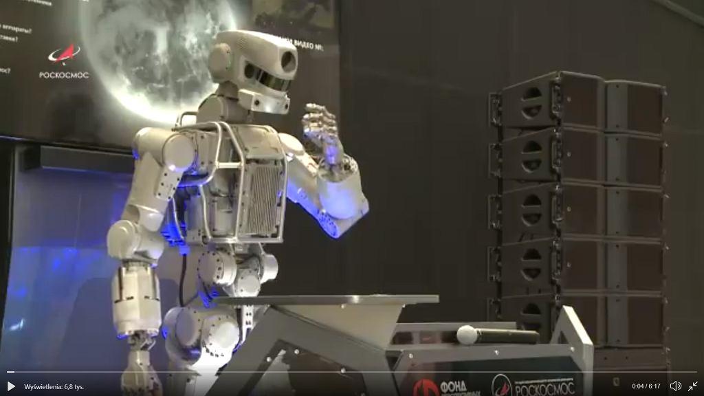 Robot Fiedor.