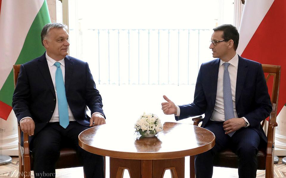 14.05.2018 Warszawa, Łazienki Królewskie. Premier Mateusz Morawiecki i premier Węgier Viktor Orbán podczas spotkania.