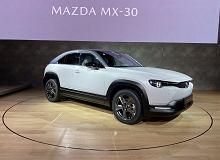 Mazda MX-30 oficjalnie. Elektryczny crossover zadebiutował w Tokio, a my już znamy polską cenę