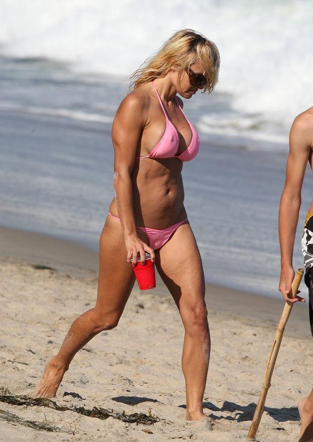 Pamela Anderson, gwiazdy w bikini