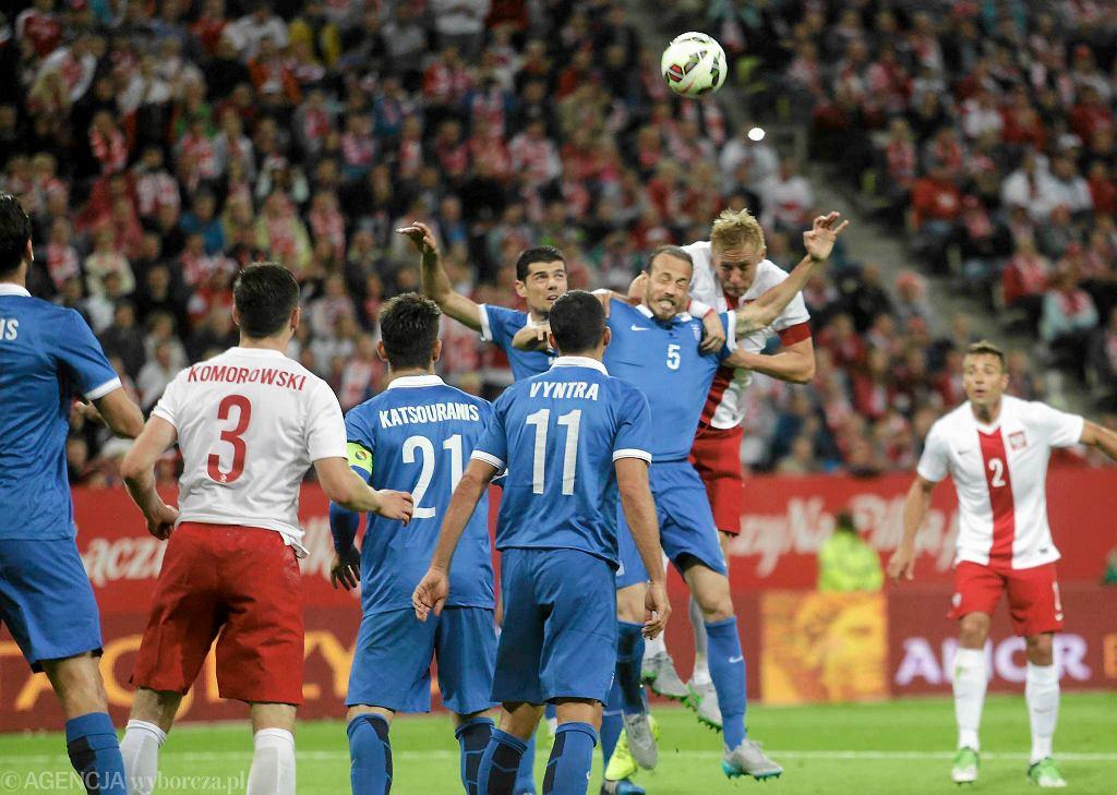 Polska po słabym meczu zremisowała 0:0 z Grecją na PGE Arenie. Emocji w Gdańsku było niewiele. Dobrze, że to tylko mecz towarzyski, a w spotkaniach eliminacji Euro 2016 Polacy prezentują się dużo lepiej. W polskiej drużynie zagrało z Grecją dwóch piłkarzy Lechii - Ariel Borysiuk zaczął mecz w podstawowym składzie i grał do 86. minuty, a Sebastian Mila pojawił się na boisku w 60. minucie.