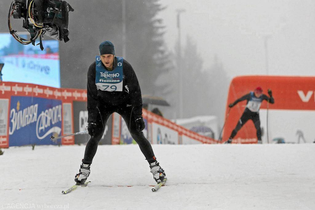 Paweł Wilkowicz, dziennikarz Sport.pl, podczas biegu na Alpe Cermis