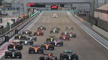 Formuła 1 rusza w niedzielę. Gdzie oglądać GP Bahrajnu?