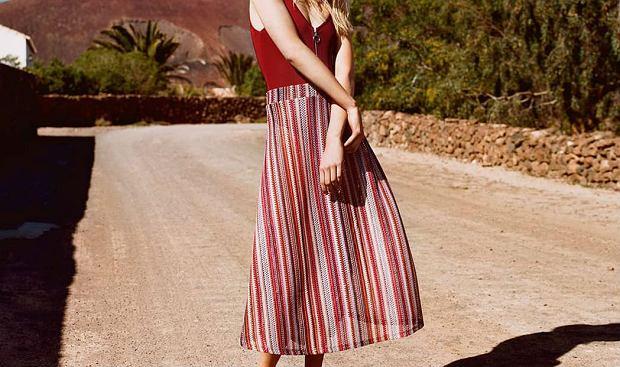 Zdjęcie numer 1 w galerii - Kolorowe spódnice na lato: znalazłyśmy piękne modele