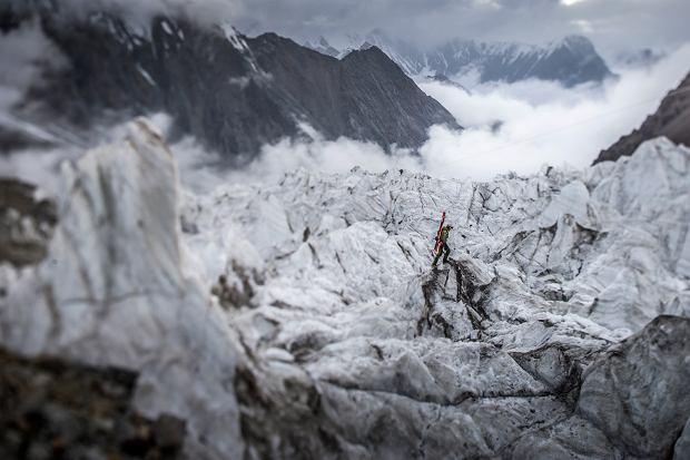 Andrzej Bargiel na lodowcu