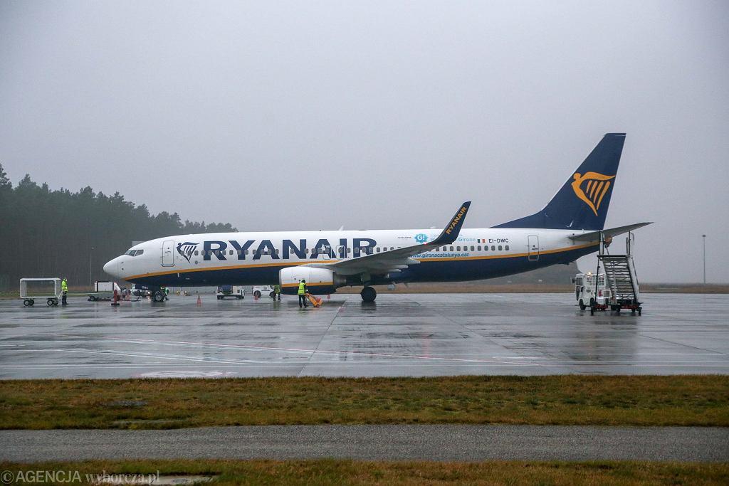 Nowa funkcja w aplikacji Ryanair. Zaświadczenie o szczepieniu przeciw COVID-19 w smartfonie