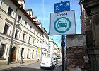 Posłowie decydują właśnie, które auta nie wjadą do stref w centrach polskich miast