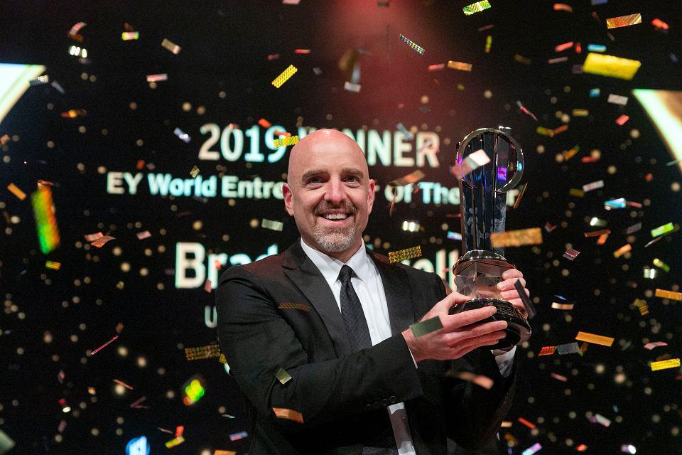 Brad Keywell, twórca Groupona, z nagrodą 'Przedsiębiorca Roku EY'