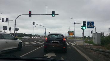 Nowa sygnalizacja świetlna przy wyjeździe z Olsztyna w kierunku Tomaszkowa