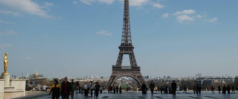 Francja. Żołnierze naciskają na rząd w anonimach. Przepowiadają wojnę domową