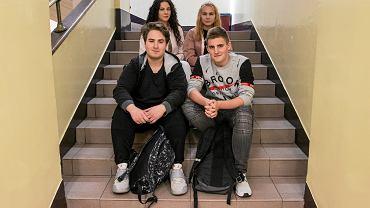U góry od lewej: Karolina Brodaczewska, Weronika Linkiewicz, u dołu od lewej: Grzegorz Czernicki, Dominik Danieluk