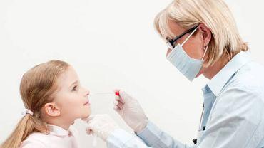 Rynoskopia, czyli wziernikowanie nosa to jedno z częściej wykonywanych przez laryngologa badań