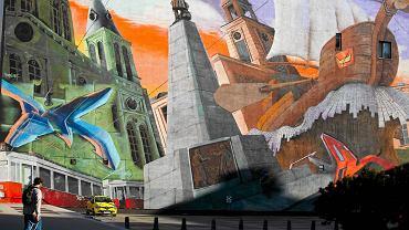 Mural Łodzi na Piotrkowskiej.