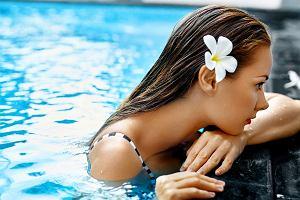 Pielęgnacja włosów latem - ochrona przed słońcem i wodą morską to rzeczy, o których często zapominamy
