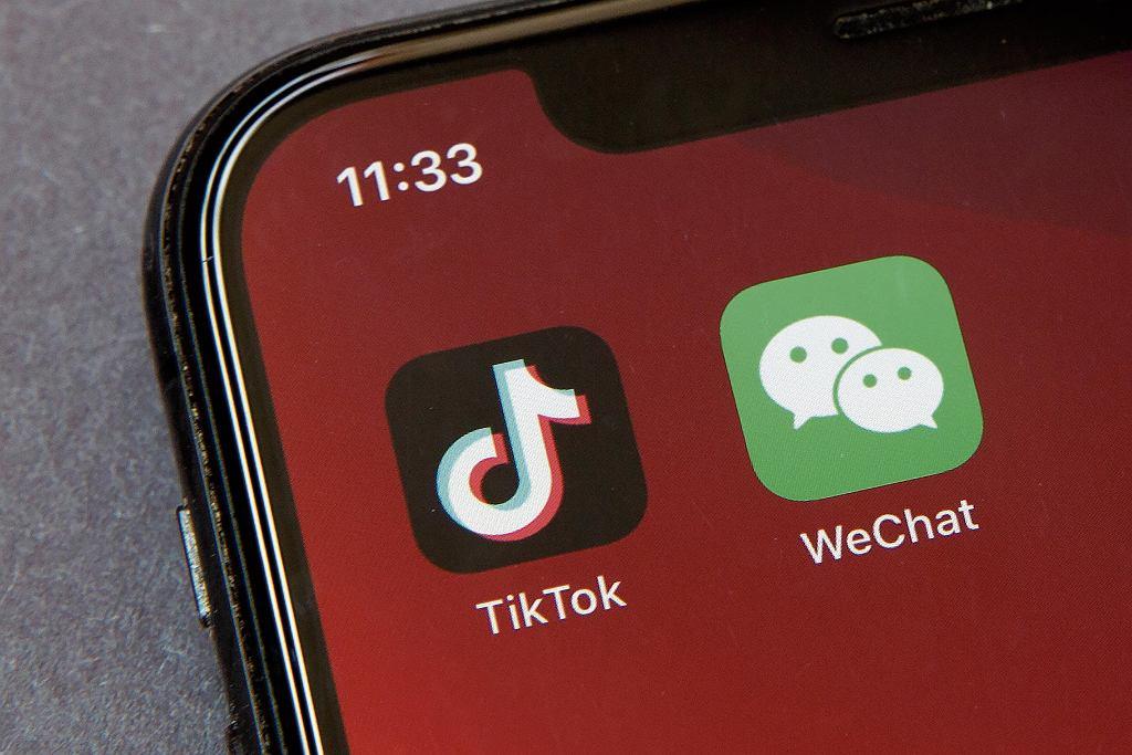 WeChat i TikTok mają problemy w USA