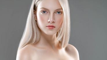 Platynowe włosy