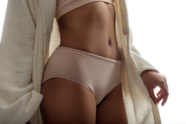 ABeauty,Lines.,Close,Up,Of,Female,Body,Wearing,High-waist,Panties.