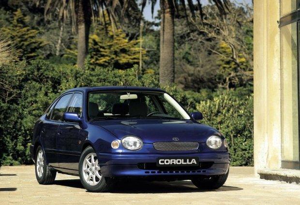 Toyota Corolla VIII