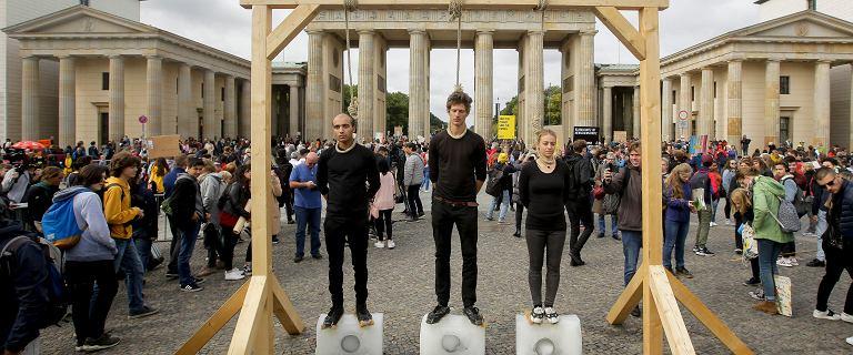 Trwa Światowy Strajk Klimatyczny. Protestuje 130 krajów, w tym Polska