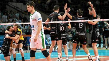 Siatkarze AZS Politechniki Warszawskiej przegrali na Torwarze ze Skrą Bełchatów i zakończyli sezon na 6. miejscu