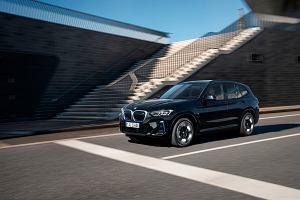 BMW iX3 po faceliftingu. Zaktualizowano wygląd i technologię