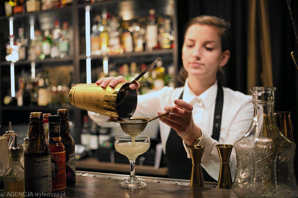 Urszula Trochimczuk szefowa baru w BackRoom Bar. / AGATA GRZYBOWSKA